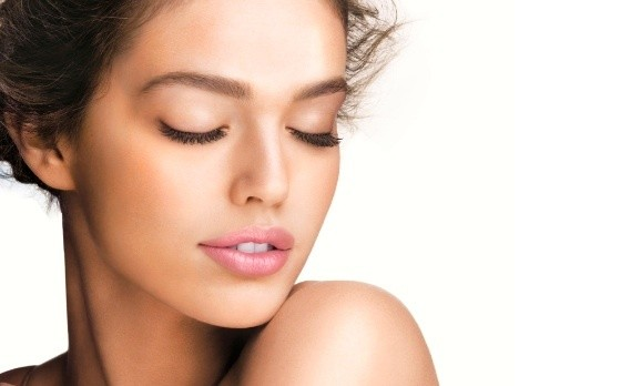 Deep cleanse , plus eyebrowshape and tint, and aromatherapy facial pressure point massage