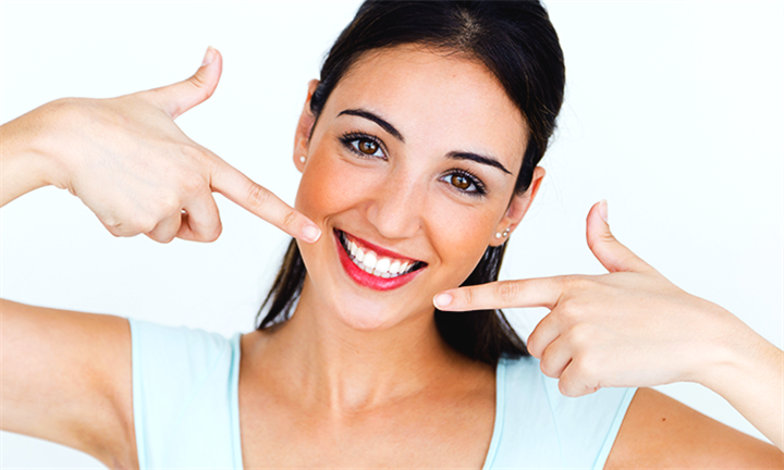 Teeth whitening Sessions for One Person at Kneaded Escape Beauty Spa for R399