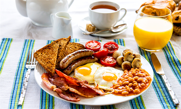 Full House Breakfast Including Coffee or Juice from R55 for One Person at The Rendevous on the Corner