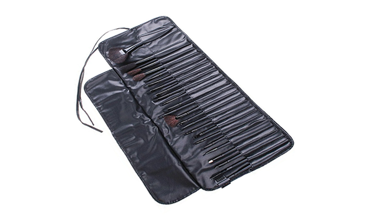 24pc Make Up Brush Set in Leather Bag For R299 incl Delivery