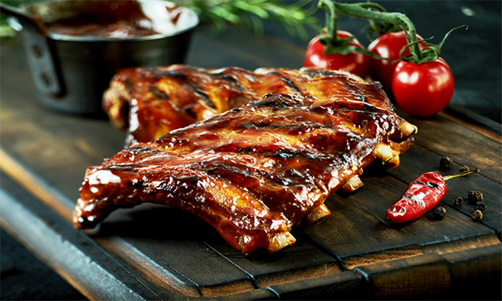 All-You-Can-Eat Ribs and a Garlic Loaf from R279 at Scrooge Diner