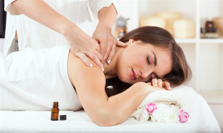 Full Body Aromatherapy Massage from R129 for One at Jean Baré Barchelia Day Spa