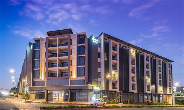 One or Two-Night Weekend Stay for Two from R1100 at aha Urban Park Hotel