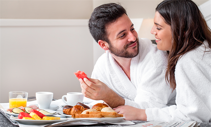 One-Night Stay, English Breakfast and Full Body Massage for Two at Hands on Retreat from R1350