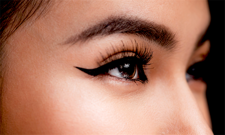 Full Set of Mink Eyelash Extensions with Optional Eyebrow Shape at Purr-Fect Lashes from R279