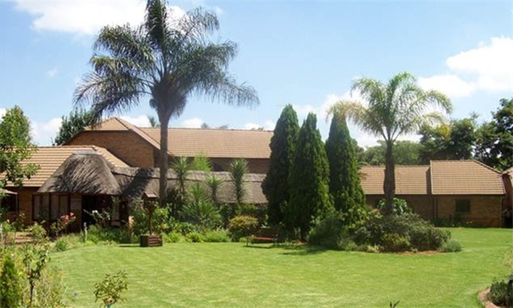 R1299 for a One Night Anytime Stay including Breakfast at The Mannah Executive Guest Lodge Hotel & Conference Centre