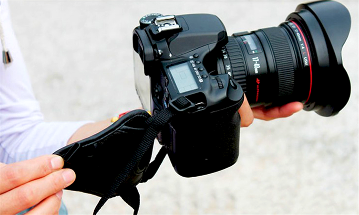 Universal Leather DSLR Camera Hand Grip for R129