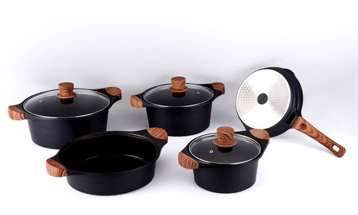 Royalty Line 8-Piece Marble Coating Cookware Set for R1299