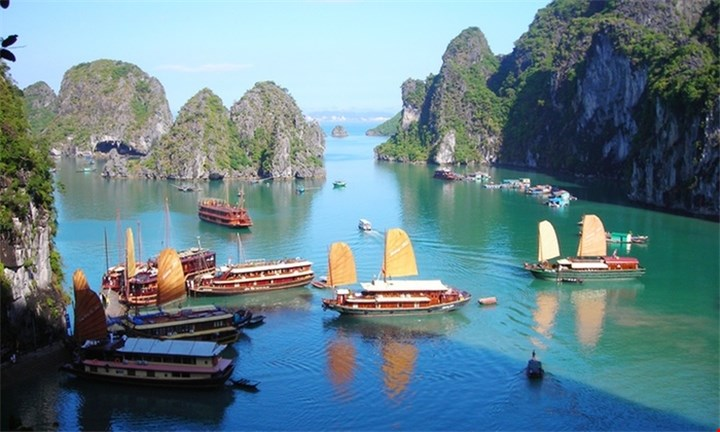 Vietnam: R8999 per person for a 12-day Vietnam Highlights tour with Halong Tours Booking