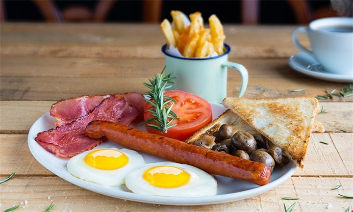 Breakfast Up To 4 People From R116 @ The Old Bridge Restaurant