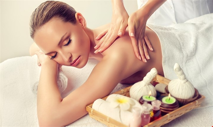 Full Body Massage + Indian Head Massage or Swedish Massage + Facial for Couples from R199
