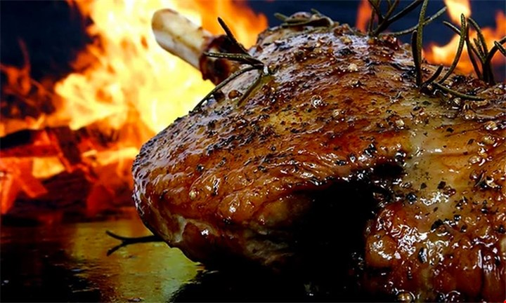 Spit Braai for up to 10 people from R899 with BeefUp SpitBraais