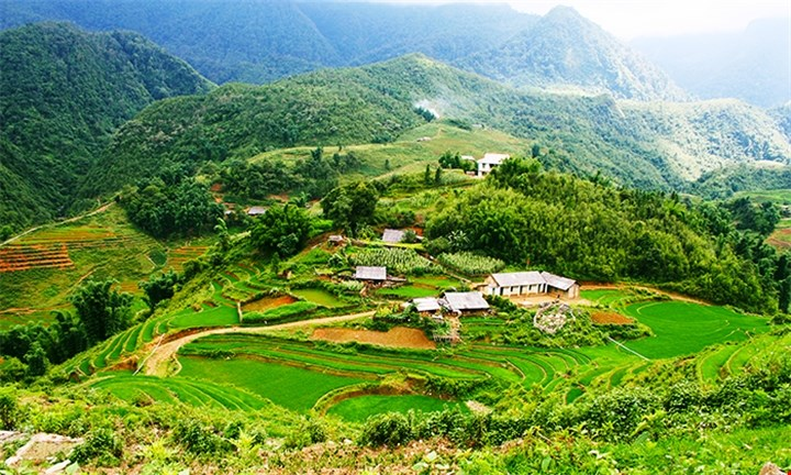 Hanoi, Halong & Sapa: 6-Day Guided Tour Including Meals, Tours & Transfers