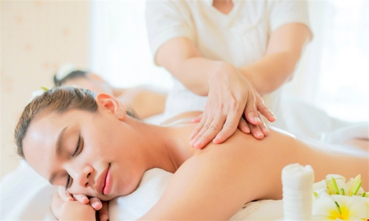 2-Hour Couples Pamper Package at Euel Beauty Lounge