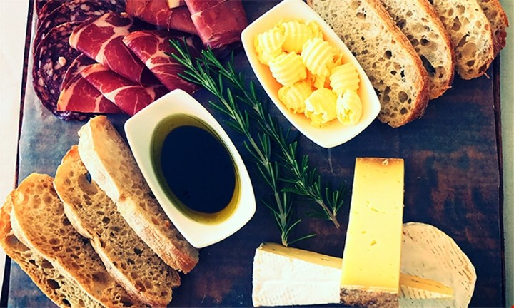 Wine Tasting and Platter to Share for Two at Arra Vineyards
