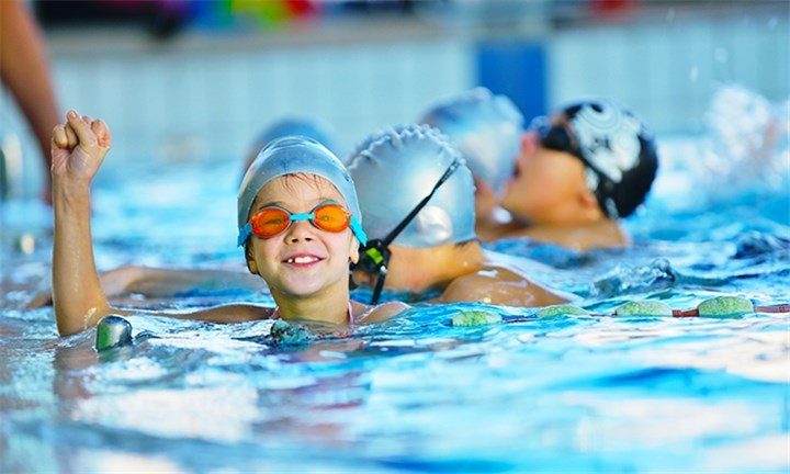 4 x Swimming Lessons with Royal Swim and Sports Academy