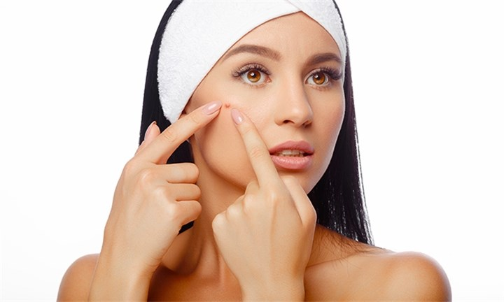 Acne Treatment Sessions at iLux-Lipo