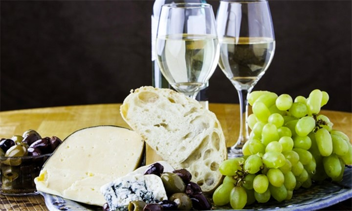 Cheese or Biltong and Wine Pairing for up to Four at Mitre's Edge Winery
