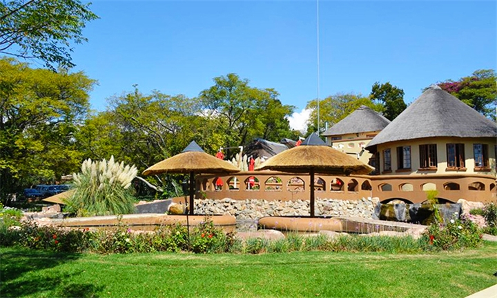 Johannesburg: 2 or 3-Night Anytime Stay for Two at Beverly Hills Lodge