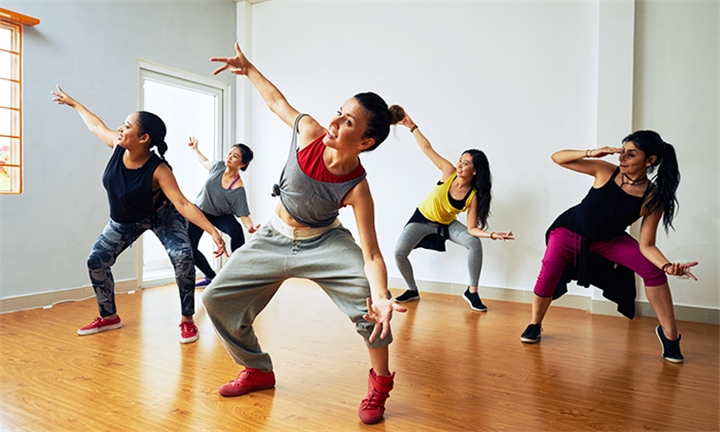 4 x Contemporary or Hip Hop Dance Classes for One or Two at OnPointe Dance Studio