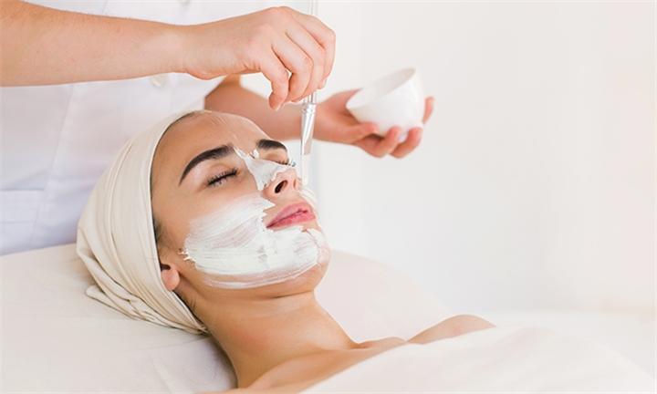 Chemical Facial Peel Treatments at 3in1 Liposlim