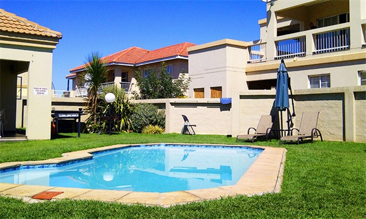 Free State: 2-Night Stay Including 3-Hour Boat Cruise for up to Four at Vaal Privé Holiday Resort
