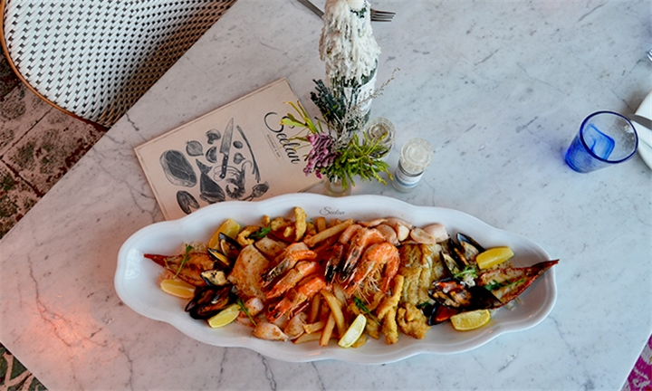 Cruise and Dine: Seafood Platter Including Afternoon Cruise for Two at Seelan Restaurant
