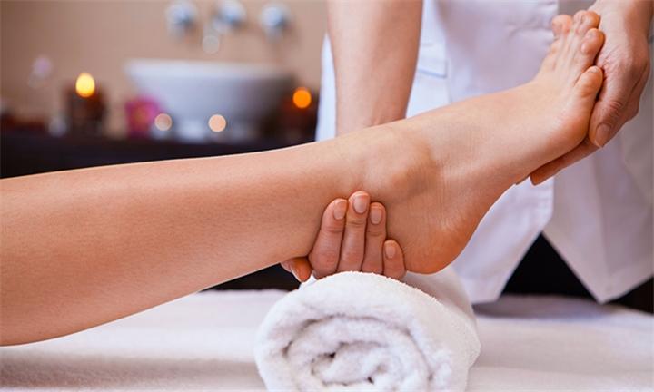 Foot and Toenail Medical Rejuvenation with Optional Leg & Foot Hot Stone Massage at Dr Baumann Das Institut