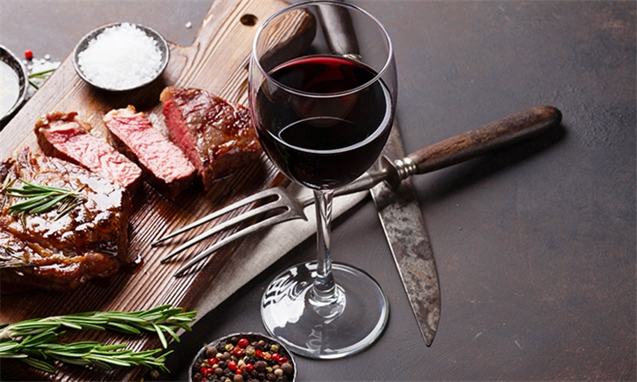 300g Steak Dinner with a Glass of Wine Each for up to Six at Simonsig