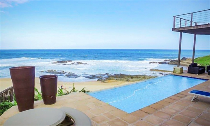 Durban: 3-Night Self-Catering Stay for up to 15 at 222 Seaview