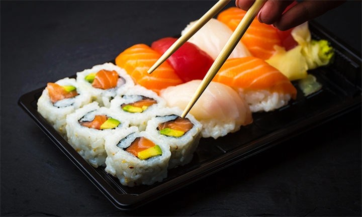 Sushi Platter for up to Four at Tataki Oriental Restaurant Pretoria Watermeyer