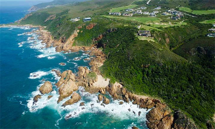 Knysna: 2-Night Self-Catering Stay for Four at Pezula Golf Estate