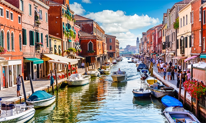 Venice Island, Florence & Rome: 7-Day Classic Tour for Two Including Breakfast