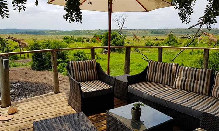 Ladysmith: 2-Night Anytime Stay for Two Including Meals and Two Game Drives at Nambiti Plains Lodge