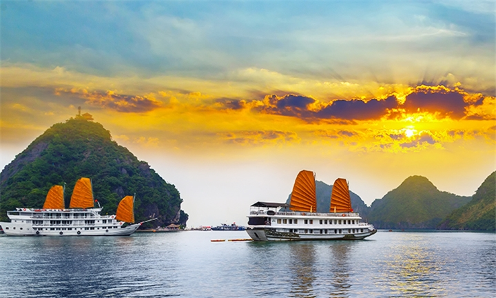 Vietnam and Cambodia: 15-Day Tour Including Accommodation and Activities