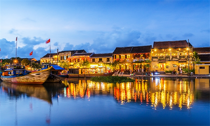 Vietnam: 15-Day Tour Including Transfers, Domestic Flights, Meals and a Cruise