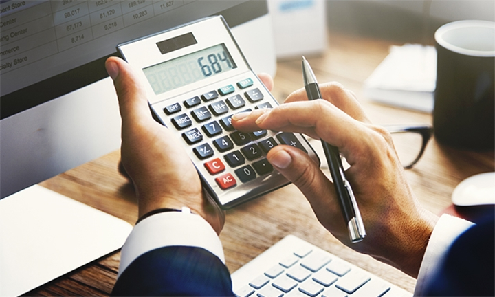 Finance For Non-Financial Professionals Course at Excel with Business