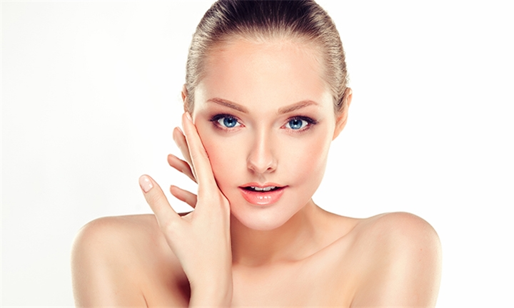 Charcoal Laser Facial & Skin Rejuvenation Including a Mask of Your Choice at iBeauty