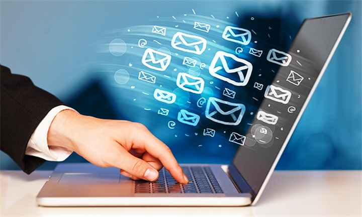 Effective E-Mail Marketing Training 5 Course Bundle with e-Courses4You