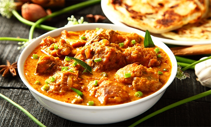 Choice of Crayfish Masala or Crayfish Curry for up to Four at Taj Mahal Restaurant