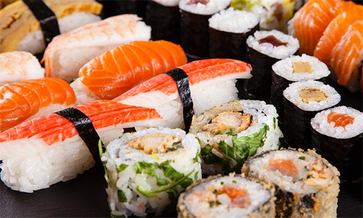 32 or 64-Piece Sushi Platter for up to Four at Kobe Sushi Bar