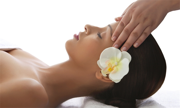 Spa Package for One or Two Including Welcome Drink at Pamperhauz Day Spa