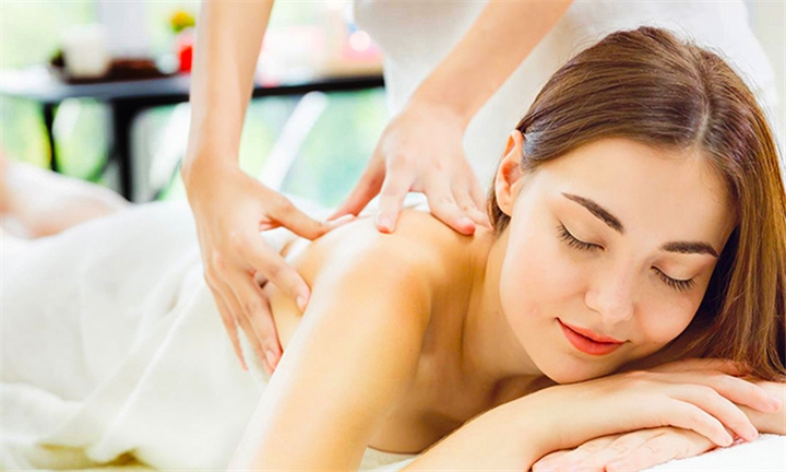 Remedial Massage Course with e-Careers