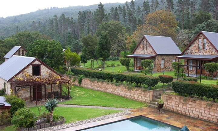 Knysna: 1 or 2-Night Anytime Stay for Two at Swartvlei Equestrian Estate