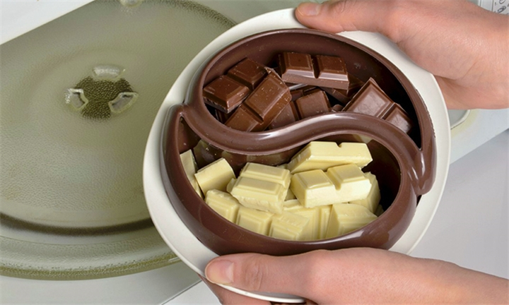 Choco'Minute Microwave Fondue Bowl for R99