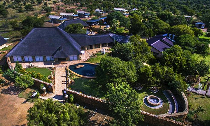 Dinokeng Big 5 Game Reserve: 2-Night 4-Star Luxury Tent or Chalet Stay for Two including Breakfast, Welcome Drink and Game Drive at Halfway There Game Lodge