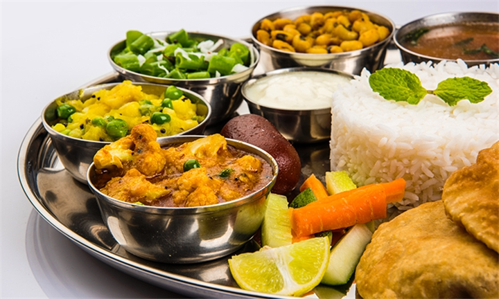 Maharani Thali Platter Including Sweet for One or Two at Food Inn Seapoint