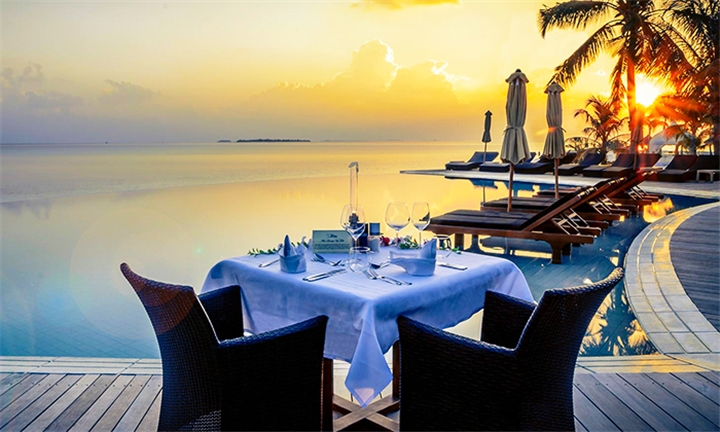 Maldives: 7-Night Stay Including Flights, Meals, Selected Drinks and Discount Vouchers