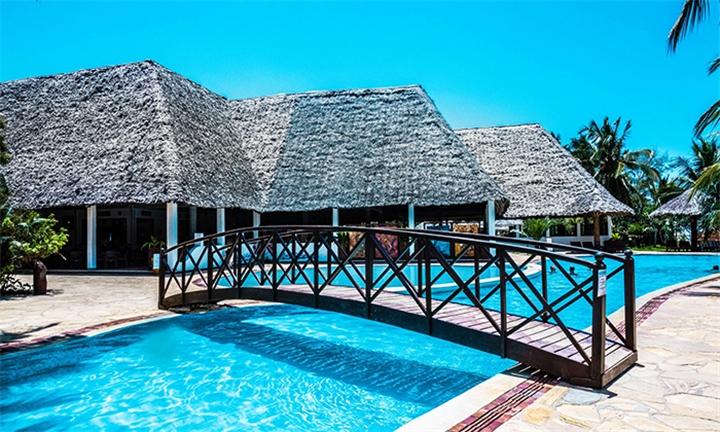 Zanzibar: 7-Night Stay Including Flights, Breakfast and Dinner