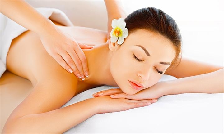 90-Minute Combination Thai Aromatherapy Full Body and Foot Reflexology Massage at Ayothaya Thai Spa